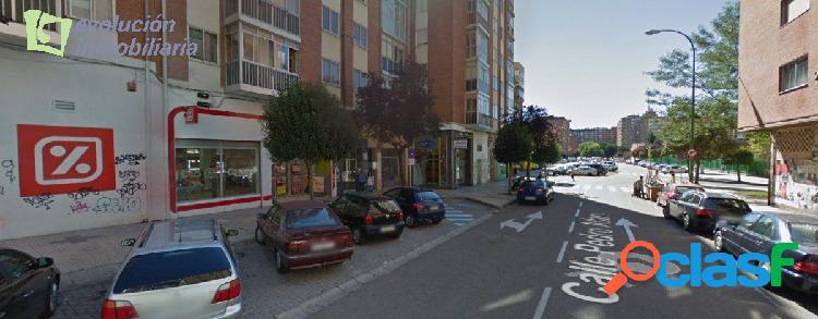 En Burgos (Gamonal) Local de 750 mt en Pedro Alfaro