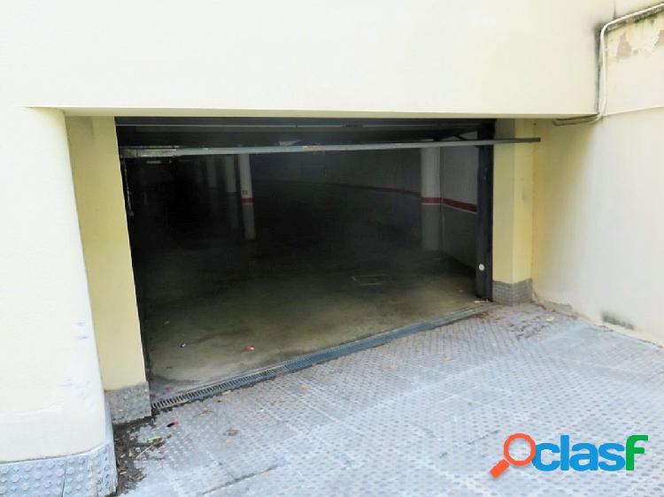 En venta 2 plazas de parquing en el centro de Sant Pere de