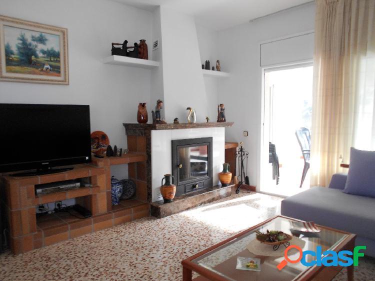 En venta Chalet independiente de 227 m2 útiles en Vora