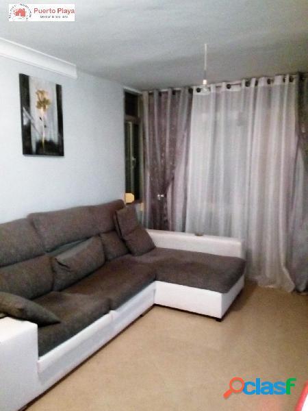 En venta piso de tres dormitorios en Crevillet