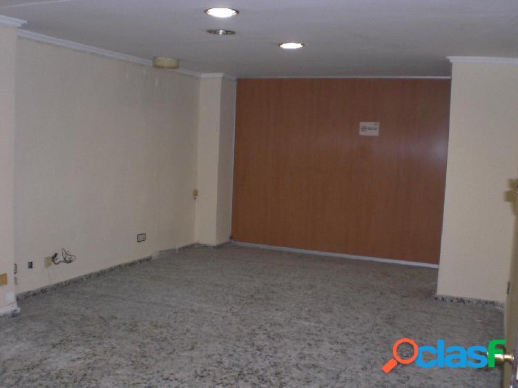 Entreplanta comercial en Alicante zona Centro Autobuses, 280