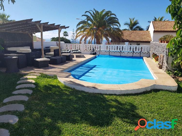 Espectacular Villa de Lujo en Playa Paraíso