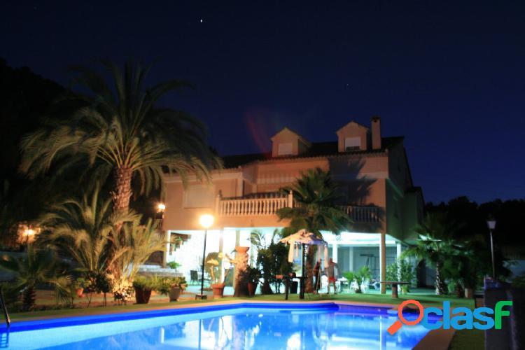 Espectacular Villa de Lujo en la Finca el Pertiguero