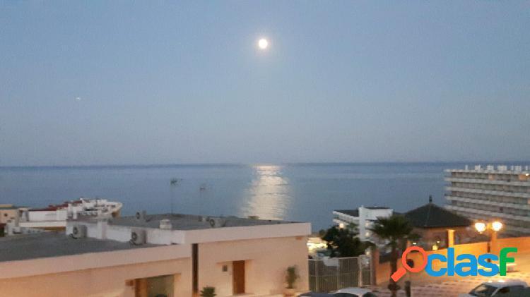 Espectacular apartamento con vistas al mar