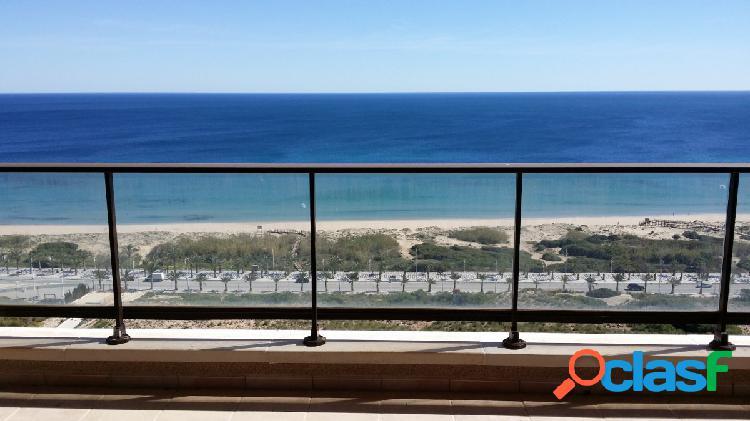 Espectacular apartamento de 85m2 con vistas al mar en