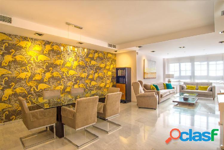 Espectacular piso con calidades de lujo en los Pinos del