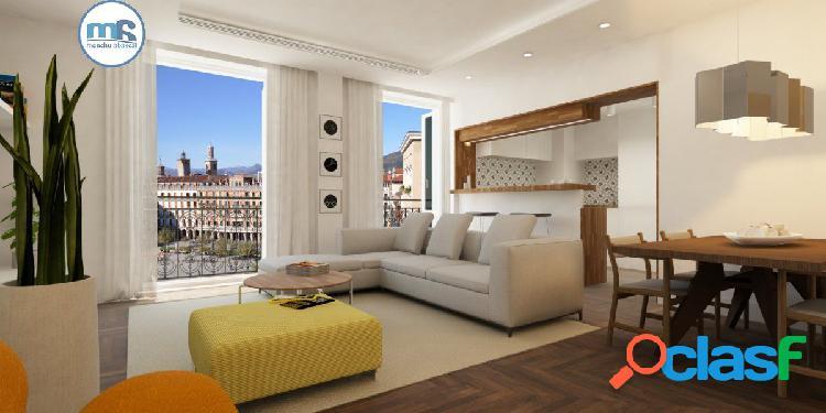 Espectacular piso en la plaza del Castillo a estrenar