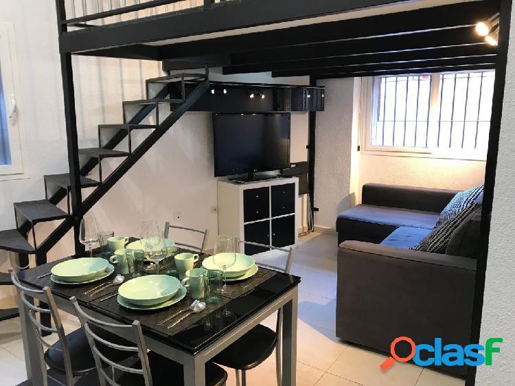 Estupendo piso con dos dormitorios, parking y trastero!!!