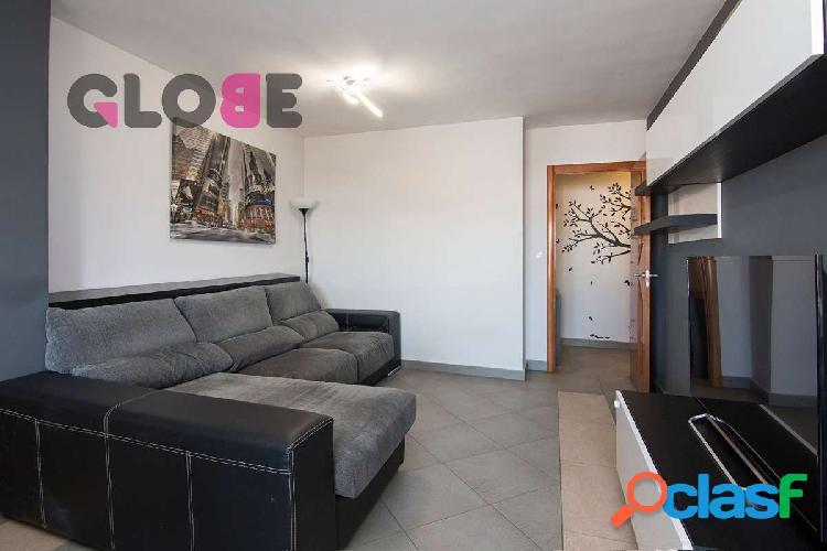 Estupendo piso de 3 dormitorios en el centro de Armilla
