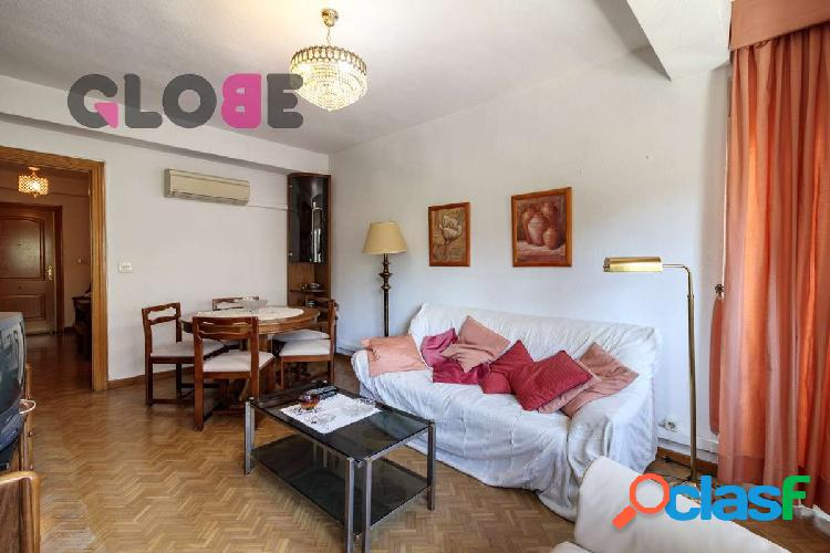 Estupendo piso de 4 dormitorios junto a Camino de Ronda