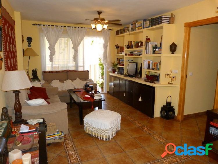 Estupendo piso en el barrio de Las Lagunas, Mijas-Costa