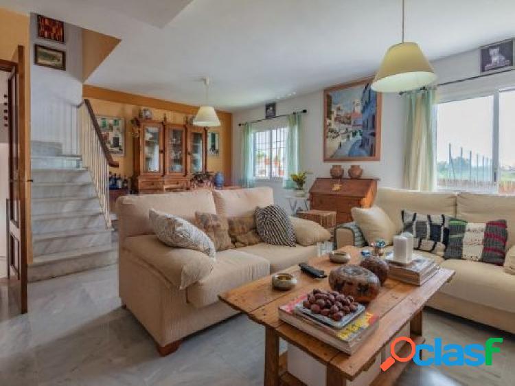 Excelente casa adosada en venta en Marbella (zona de