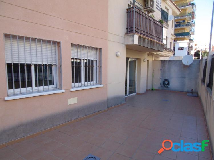 Excelente piso de 3 dormitorios en el centro de Torremolinos