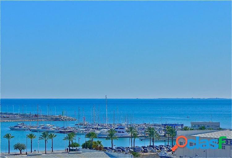 Excelente vivienda en Alicante con vistas al mar, zona San