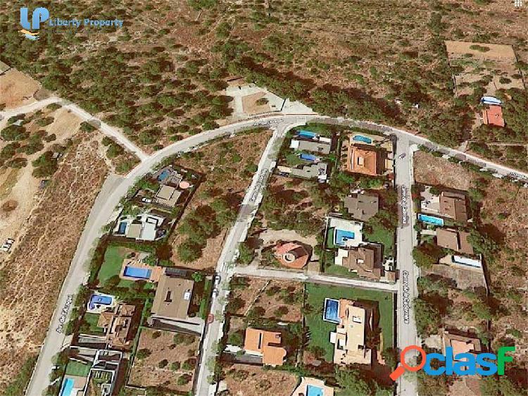 Fantástica Parcela de 600 m2 en Tennis Aragai de Vilanova i