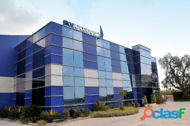 Fantástico edificio de oficinas en el Polígono Sepes de