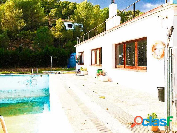 Finca Deportiva con Restaurante en Sant Pere de Ribes