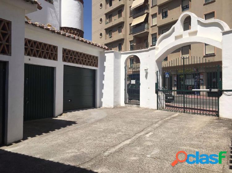 Garaje cerrado en Puebla Lucia