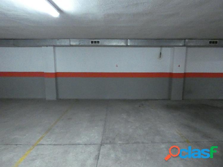 Garaje en el centro de Elda en Venta o Alquiler