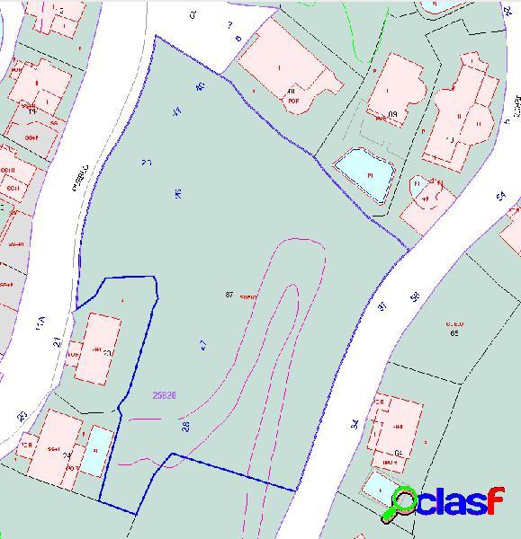 Gran parcela para construir hasta 11 casas en el área de