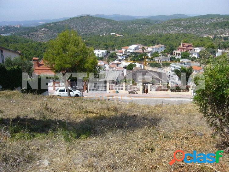 Gran terreno urbanizable con vistas en Quintmar, Sitges