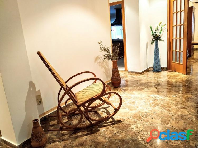 Grandioso piso en Sequers con acabados de lujo (Tavernes de