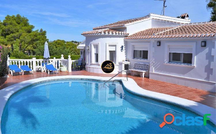 ⚜ Impecable Villa Mediterranea en Javea a 5 min de Playa