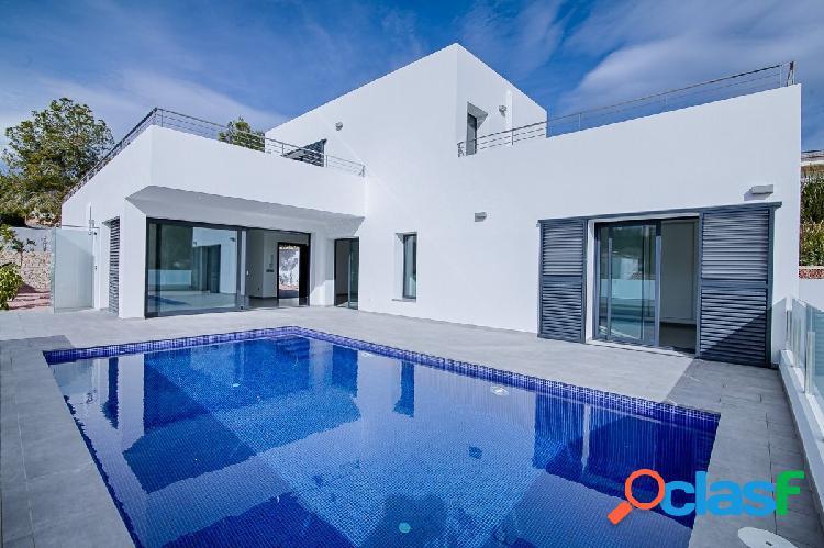 Impresionante Villa moderna en Benissa con vistas al mar