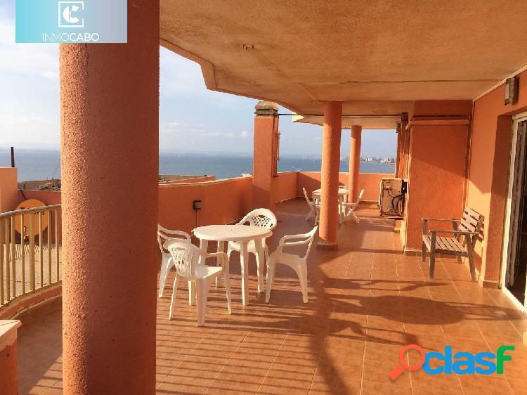 Impresionante ático en La Manga del Mar Menor con más de