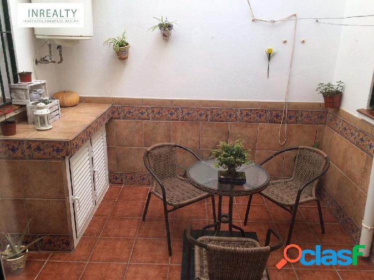 InRealty Inmobiliaria en Fuengirola vende casa a 150 metros