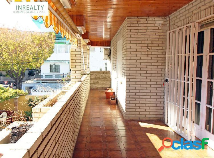 Inrealty vende Magnífico piso en el centro de Fuengirola.