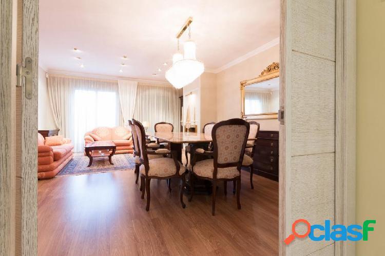 KRAP INVERGRUP vende casa de 267 m2 en l'Eixample a lado