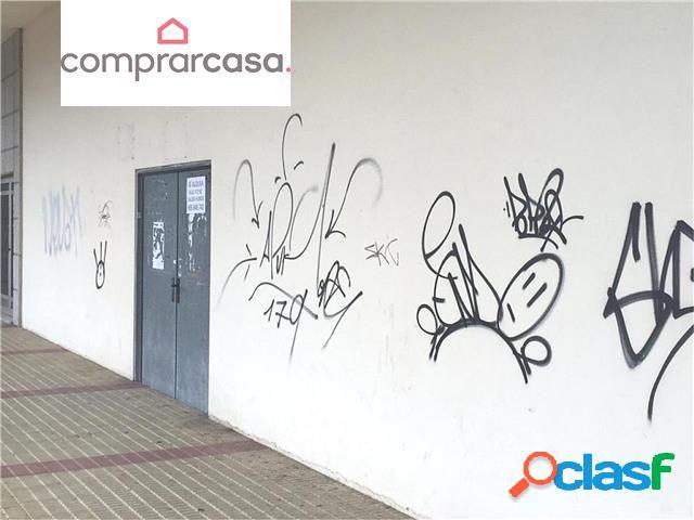LOCA COMERCIAL EN PASEO MARÍTIMO DEL BURGO