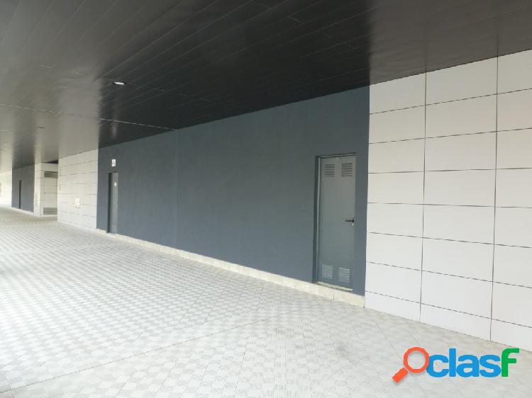 LOCAL COMERCIAL 45 M2 DE OBRA EN LA MEJOR ZONA DEL SOTO