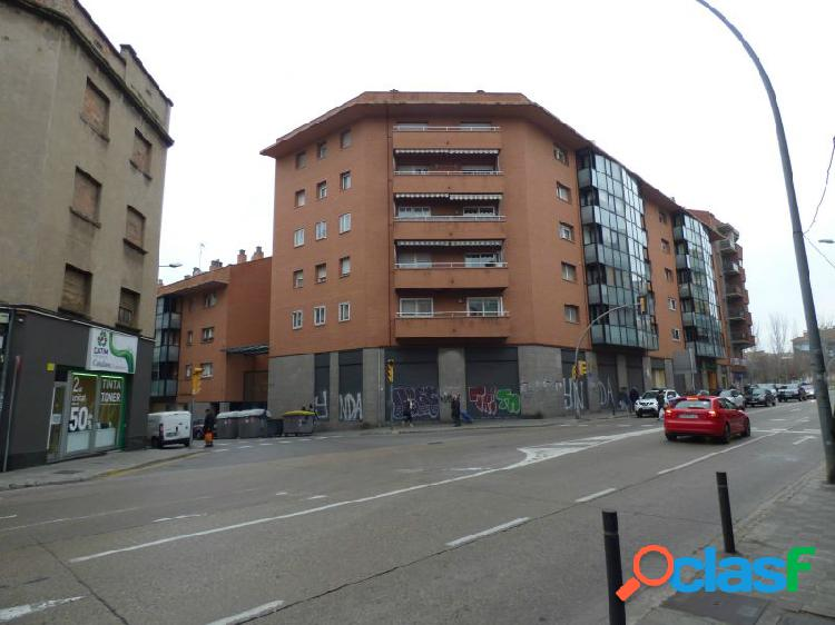 LOCAL COMERCIAL EN ALQUILER DE 600M2 DIVIDIBLE EN ZONA CTRA