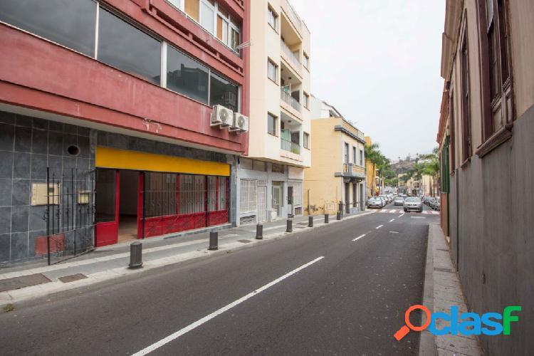 LOCAL COMERCIAL EN CENTRO DE PUERTO DE LA CRUZ