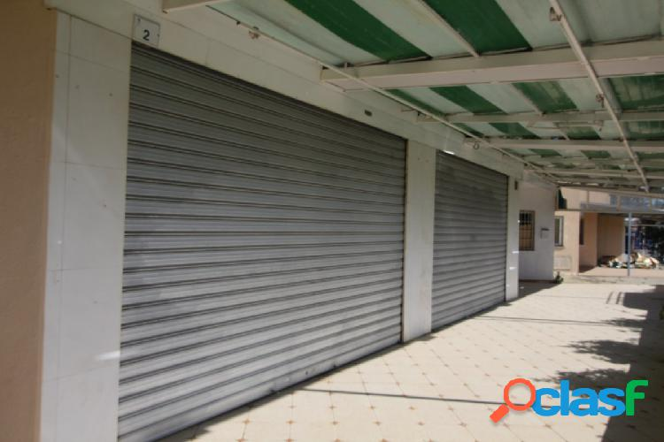 LOCAL EN MAGALUF. SE VENDE LOCAL DE 84 m2 APRÓX.