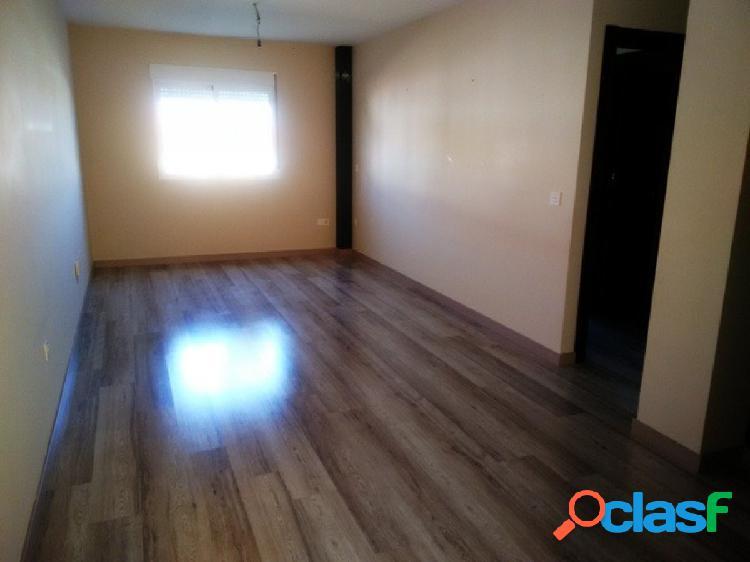 Las Gabias estupendo piso con 2 dorm y plaza de garaje
