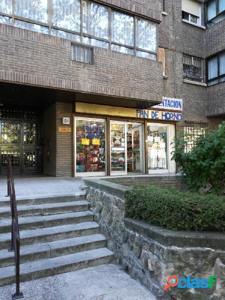 Local Comercial En Avenida Dr.Garcia Tapia 64
