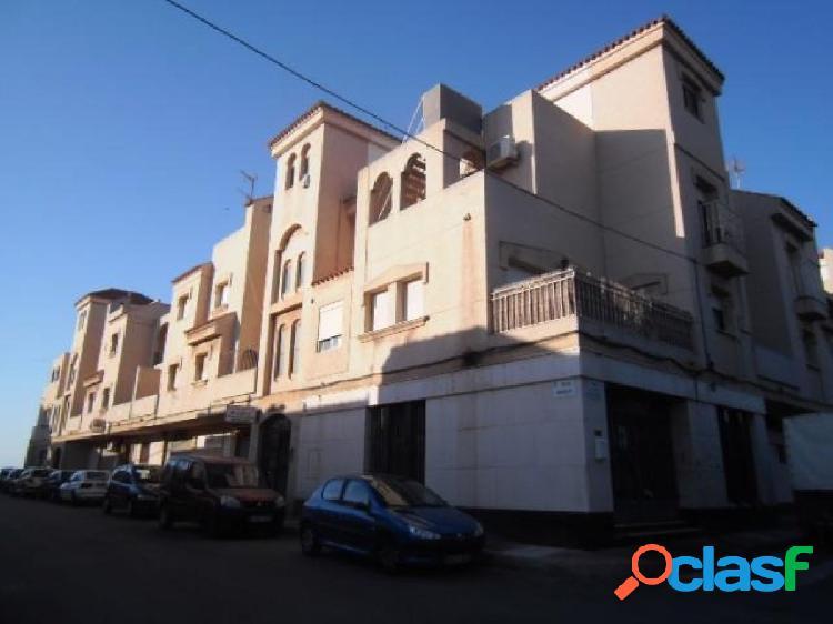 Local Comercial en Roquetas de Mar - Zona Cortijos de Marin