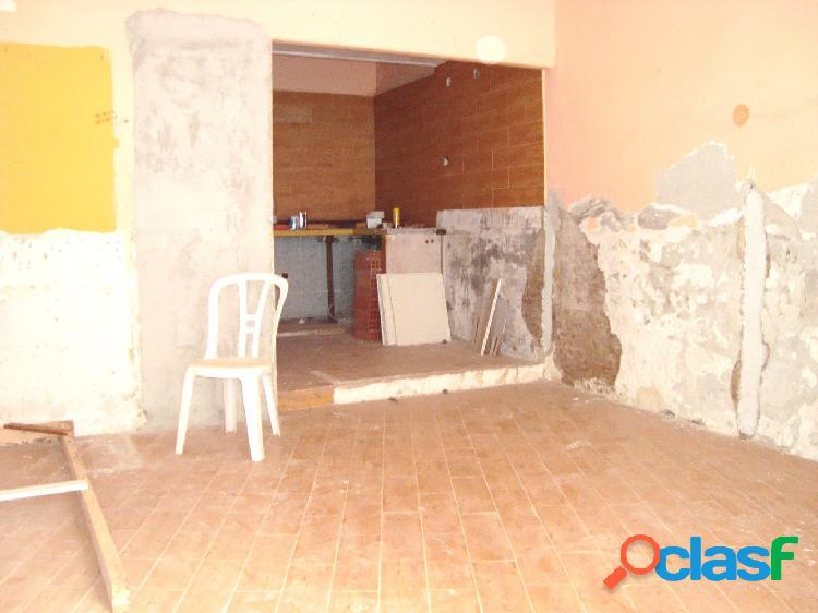 Local comercial ALQUILER en Castellón zona Centro, 29 m. de