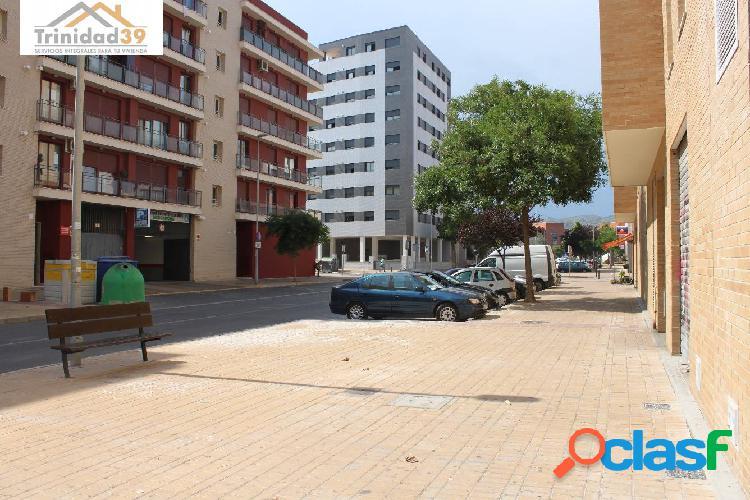 Local comercial ALQUILER en Castellón, zona UNIVERSIDAD, 65