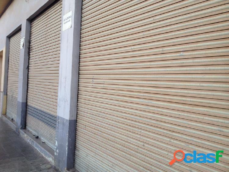 Local comercial ALQUILER[amp;]VENTA en Castellón de la