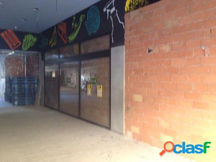 Local comercial ALQUILER[amp;]VENTA en Castellon zona Av de