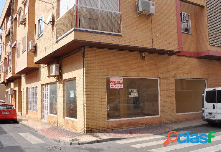 Local comercial de 130 m2 en Santomera