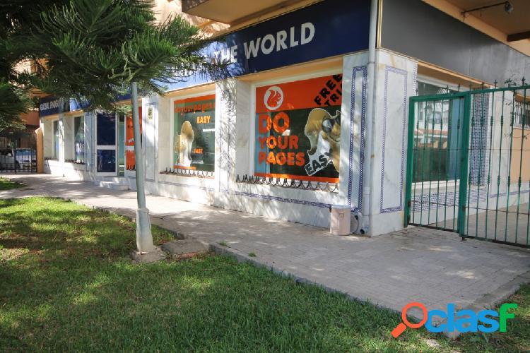 Local comercial en Avenida Jesús Santos Rein.