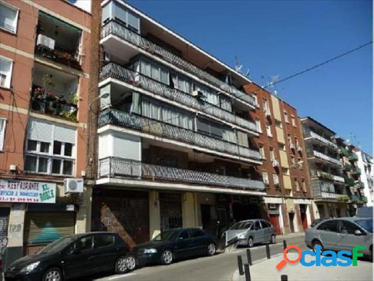 Local comercial en C/ Conde de Vistahermosa, Barrio de