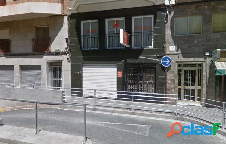 Local comercial en Elche C/ Jose Maria Buck 90 m2