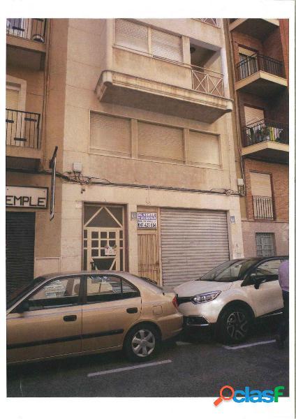 Local comercial en Elche zona Altabix, 115m2 de Altillo y