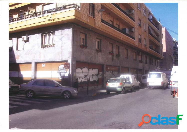 Local comercial en Elche zona Altabix, 350 m. de superficie